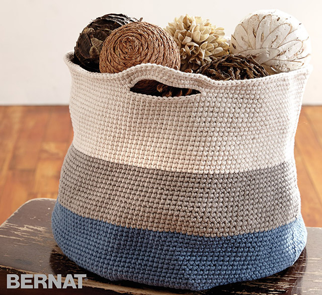 bernat maker crochet basket - store yarn bag