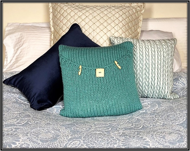 knitted luxury pillow pattern bright teal