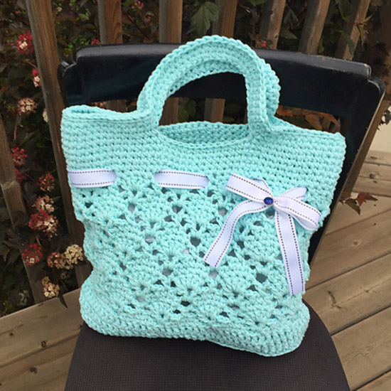 crochet vintage bag color aqua bernat maker